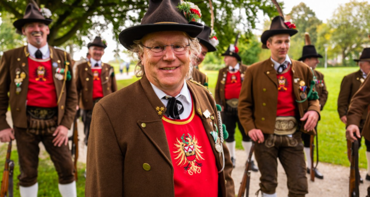 Bataillonsfest der Gebirgsschützen festigt Freundschaft mit Tirol