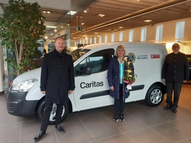 Lions und Vinzenzverein spenden für Lieferauto