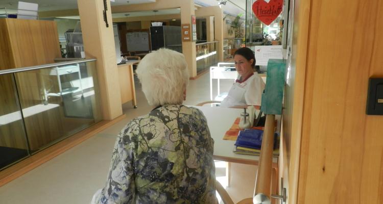 Pflegen im Seniorenheim Wörgl