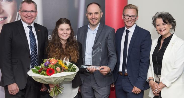 SPAR-Lehrling Vanessa Graschi vom Land Tirol ausgezeichnet