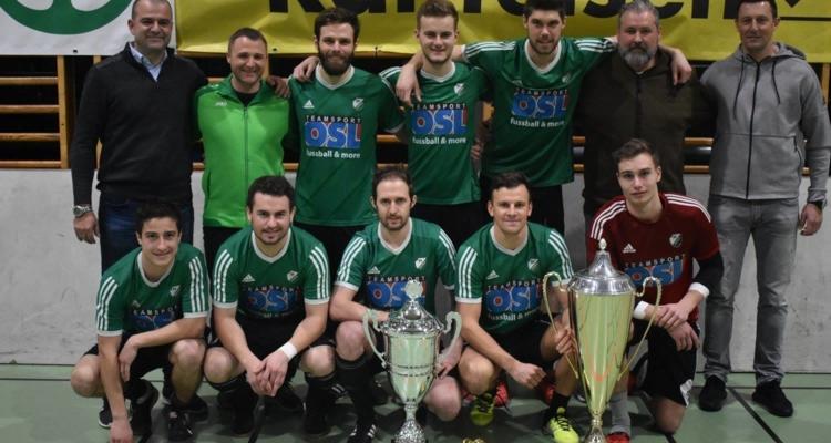 Siegerteam SV Kirchbichl mit GR Hubert Mosser