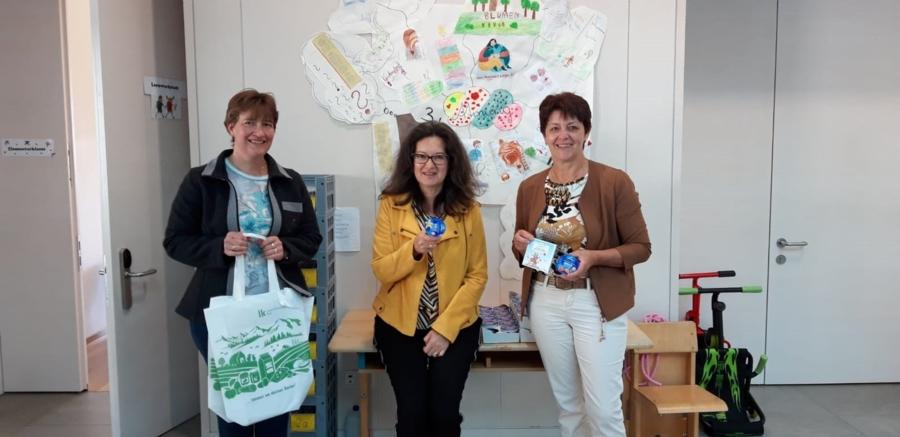 Tiroler Bäuerinnen informierten zum Weltmilchtag