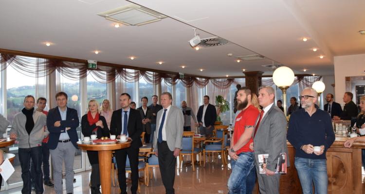 Zahlreiche Teilnehmer beim Unternehmerfrühstück